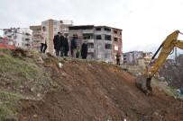 FUTBOL SAHASI - Milyonluk Komplekste İlk Kazma Vuruldu