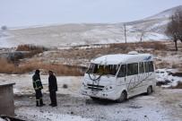 Öğrenci Servisi Şarampole Devrildi Açıklaması 5 Yaralı