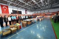 Tunceli'de Öğrencilere Spor Malzemesi Dağıtıldı