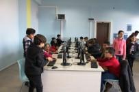 NAMIK KEMAL NAZLI - Ayvalıklı Çocuklar Kodlamada Sınırları Zorluyor
