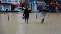 ÇOCUK HASTANESİ - Mersin'de Sağanak Yağış Etkisini Kaybediyor