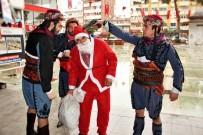 GRUP GENÇ - Noel Baba'nın Başına Silah Dayadılar