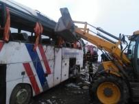 YEŞILKENT - Otobüs Kazalarında Yaralı Sayısı 48'E Çıktı