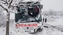 Sinop'ta Otobüs Kazası: 3 Ölü, 25 Yaralı