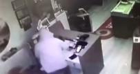 Telefon Hırsızları Güvenlik Kamerasına Yakalandı