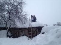 SAMANLıK - Vezirköprü'de Çatı Operasyonu