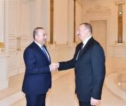 AZERBAYCAN CUMHURBAŞKANI - Bakan Çavuşoğlu, Azerbaycan Cumhurbaşkanı Aliyev'le Görüştü
