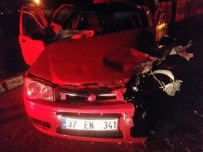 HASTANE - Bartın'da Zincirleme Kaza Açıklaması 3 Yaralı
