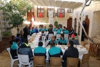 BELEDİYE BAŞKAN YARDIMCISI - Başkan Kara, Kilis Belediyesporlu Futbolculara Kahvaltı Verdi