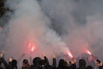 ÜLKER - Beşiktaşlı taraftarlar Kadıköy'e hazır