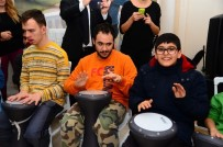 BEDENSEL ENGELLİ - Beylikdüzü Belediyesi, Engellileri Ağırladı
