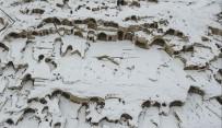 YERALTI ŞEHRİ - Dünyanın En Büyük Yeraltı Şehri Karla Kaplandı