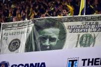 ÜLKER - Fenerbahçe Tribününde İlginç Gökhan Gönül Pankartı