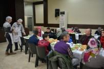 GARNİZON KOMUTANI - Gediz Belediyesi'nden Engelliler Onuruna Özel Yemek