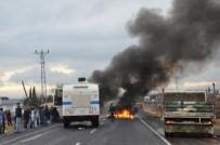 ELEKTRİK ENERJİSİ - Kesintiye Kızan Dicle Elektrik'e Saldırdı