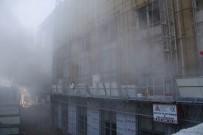 DEVLET HASTANESİ - Kocaeli'de Hastanede İnşaatında Korkutan Yangın