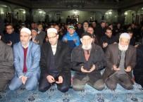 SABAH NAMAZı - Sabah Namazında Halep İçin Dua Edildi