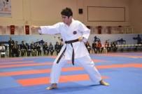 TİCARET ODASI - Türkiye Karate Şampiyonası Devam Ediyor