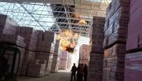 İTFAİYE ARACI - Yalıtım Malzemesi Fabrikası Cayır Cayır Yandı