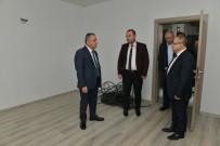 MUHITTIN BÖCEK - Başkan Böcek Açıklaması 'Muhtar Evleri 10 Güne Hazır'