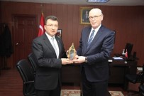CEMAL ŞAHIN - Başkan Kurt, Kaymakam Şahin'i Ziyaret Etti