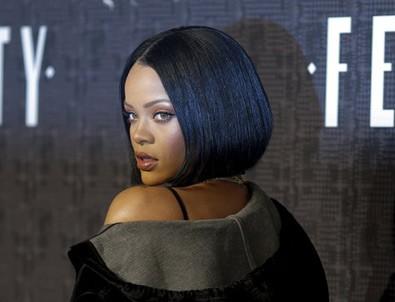 Rihanna'nın morali bozuk