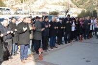 TAHSIN KURTBEYOĞLU - Söke Devlet Hastanesi Yönetimi Şehitler İçin Hayır Dağıttı
