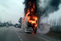 SAKARLı - Yolcu Otobüsü Alev Alev Yandı