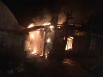 MAVIKENT - Antalya'da Ev Yangını