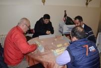 MURAT ÖZDEMIR - 'Baba Hindi'Li Okey Turnuvası