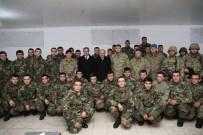 KARA KUVVETLERİ KOMUTANI - Bakan Işık, Şırnak'ta Nöbet Tutan Askerleri Ziyaret Etti