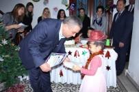 KAYALı - Başkan Kayalı, Minik Öğrencilerin Sertifika Sevincine Ortak Oldu