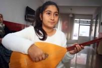 KARABAĞ - Bayraklı'da Bağlama Kursuna Kadınlarda Yoğun İlgi