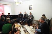 MUSTAFA ALTıNTAŞ - Vali Güzeloğlu, Şehit Binbaşı'nın Ailesini Ziyaret Etti