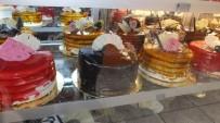 GRAM ALTIN - Yılbaşı Pastasında Altın Sürprizi