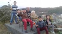 ABDULLAH DEMIR - Çarkaca'da Öğrenciler Fıstıkçamı Dikti