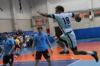 HENTBOL - Nilüfer Belediyespor İle Trabzonspor Puanları Paylaştı