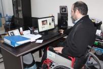 ZÜBEYDE HANıM - Sosyal Medya Uzmanı Engelli Genç, 'Dolarınızı Bozdurun' Çağrısını Türkiye Gündemine Taşıdı