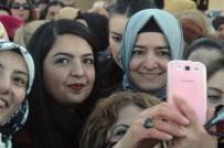 ANıTKABIR - Aile Ve Sosyal Politikalar Bakan Kaya Kadınlarla Anıtkabir'e Çıktı