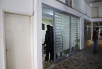 ADLİ TIP KURUMU - Antalya'da 22 Yaşındaki Gencin Şüpheli Ölümü