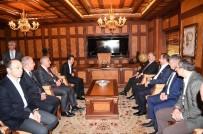 MEHMET KARACA - Bakan Arslan, Tuzla Belediyesi'ni Ziyaret Etti