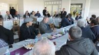 KATILIM PAYI - Burhaniye'de Başkan Uysal, Derdini Muhtarları Açtı