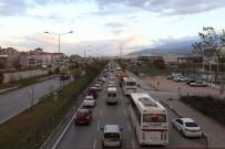 İZZETTIN KÜÇÜK - Bursa Trafiğine 'Vardiya' Neşteri