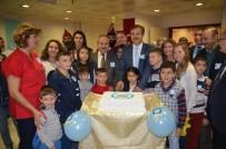 İLAÇ KULLANIMI - Diyabetik Pastayla Mezuniyeti Kutladılar