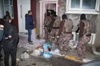 ÖZEL HAREKAT POLİSLERİ - İstanbul'da büyük uyuşturucu operasyonu