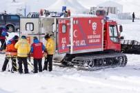 HAFTA SONU - Kar Ve Tipi Nedeniyle Mahsur Kalan 42 Hasta Kurtarıldı