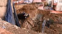 İŞ MAKİNESİ - Maltepe'de Göçük Açıklaması 7 Katlı Bina Boşaltıldı