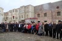 MILLI EĞITIM BAKANLıĞı - Milli Eğitim Bakanlığı Çalışanları Kağıt Müzesi'ni Gezdi