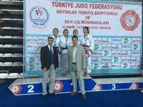ALTIN MADALYA - Osmangazili Judocu Türkiye Şampiyonu
