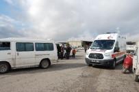 MOTOSİKLET SÜRÜCÜSÜ - Otomobil Motosiklete Çarptı Açıklaması 1 Yaralı